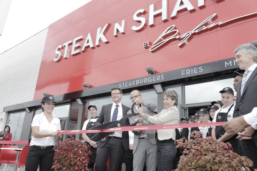 Franchise steak 39 n shake dans franchise restauration rapide - Restaurant le bureau plan de campagne ...