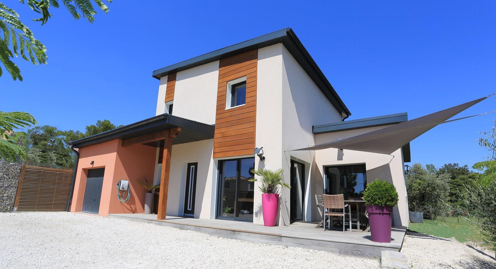 la maison nativa de natilia mise l honneur dans le magazine architecture bois