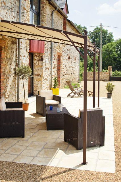 5 nouveaux franchiss rejoignent daniel moquet signe vos alles au mois de mars. Black Bedroom Furniture Sets. Home Design Ideas