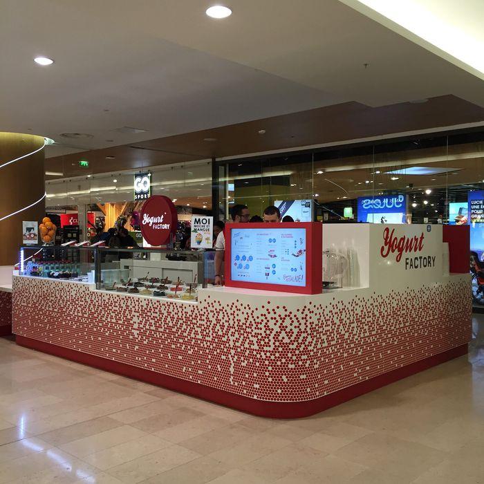Le rseau yogurt factory ouvre dans le centre commercial des quatre temps au - Centre commercial des quatre temps ...