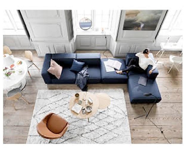 boconcept dvoile sa nouvelle campagne de communication. Black Bedroom Furniture Sets. Home Design Ideas