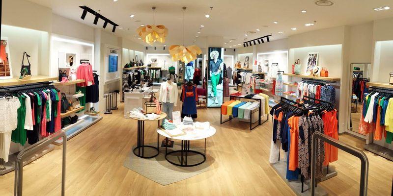 614f3223dab L enseigne CAROLL ouvre un nouveau magasin à The Village