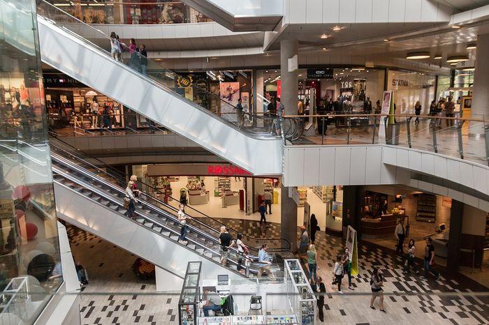 Centres commerciaux 2016 va faire le plein de nouveaux for Piscine rennes les bains