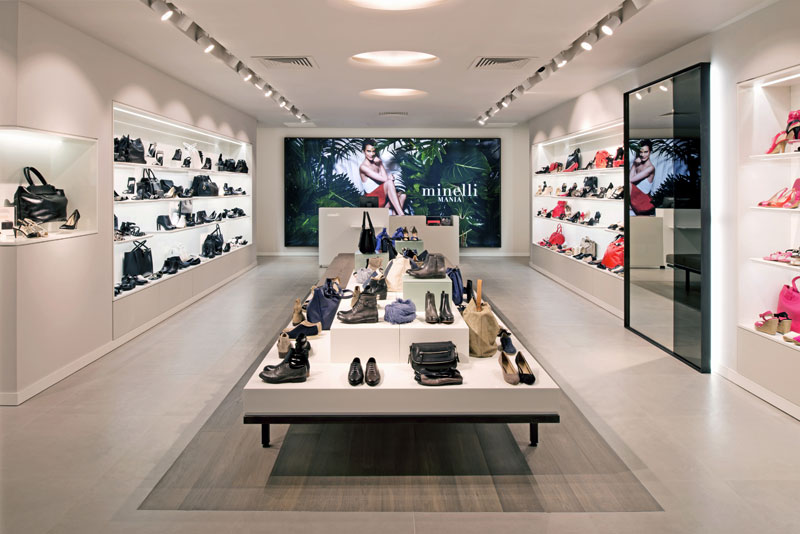 d8634d1a048bc Franchise Minelli dans Franchise Vêtements - Chaussures