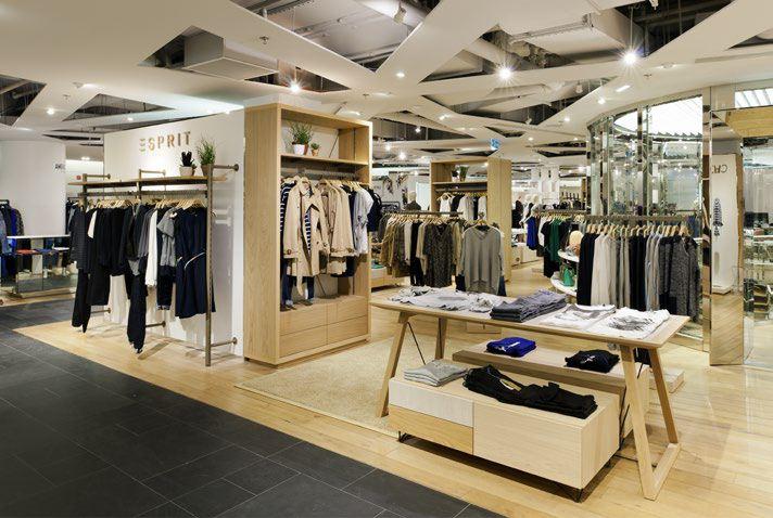 La marque esprit revient au printemps haussmann - Esprit magasin paris ...