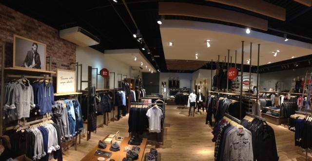 Esprit ouvre deux nouveaux magasins en rgion rhne alpes - Esprit magasins paris ...
