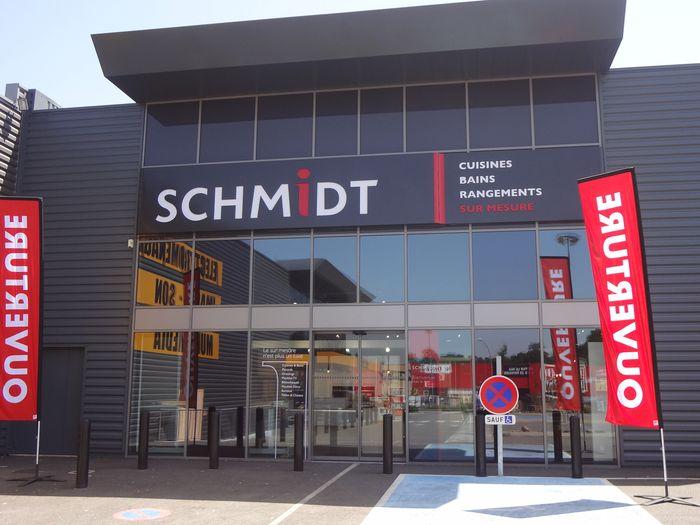 schmidt brive la gaillarde un nouveau magasin de cuisines qualitatives en corr ze. Black Bedroom Furniture Sets. Home Design Ideas