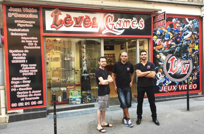 magasin level games d'ales, tenu par Yones bouchenna