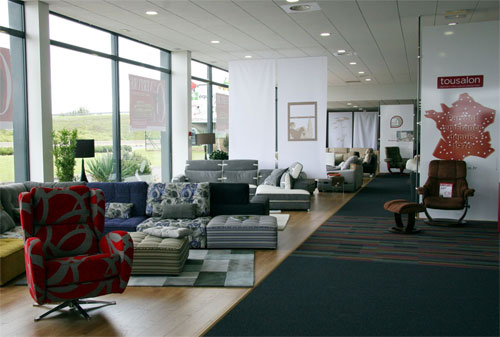 une nouvelle implantation en r gion centre. Black Bedroom Furniture Sets. Home Design Ideas