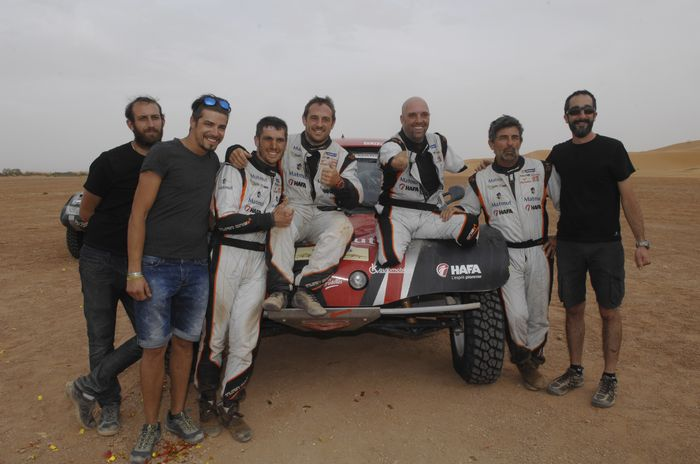 signarama roule avec philippe croizon sur le dakar 2017. Black Bedroom Furniture Sets. Home Design Ideas