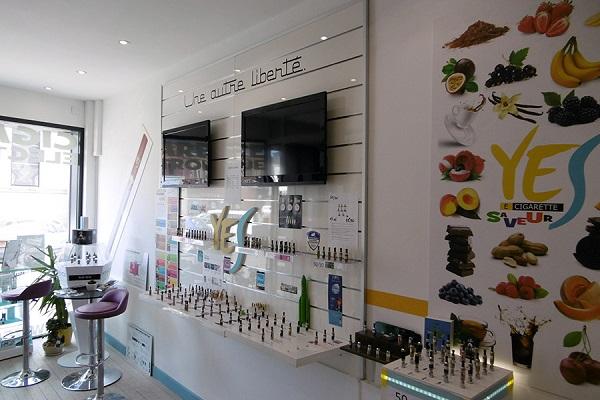 franchise yes store dans franchise cigarette electronique. Black Bedroom Furniture Sets. Home Design Ideas