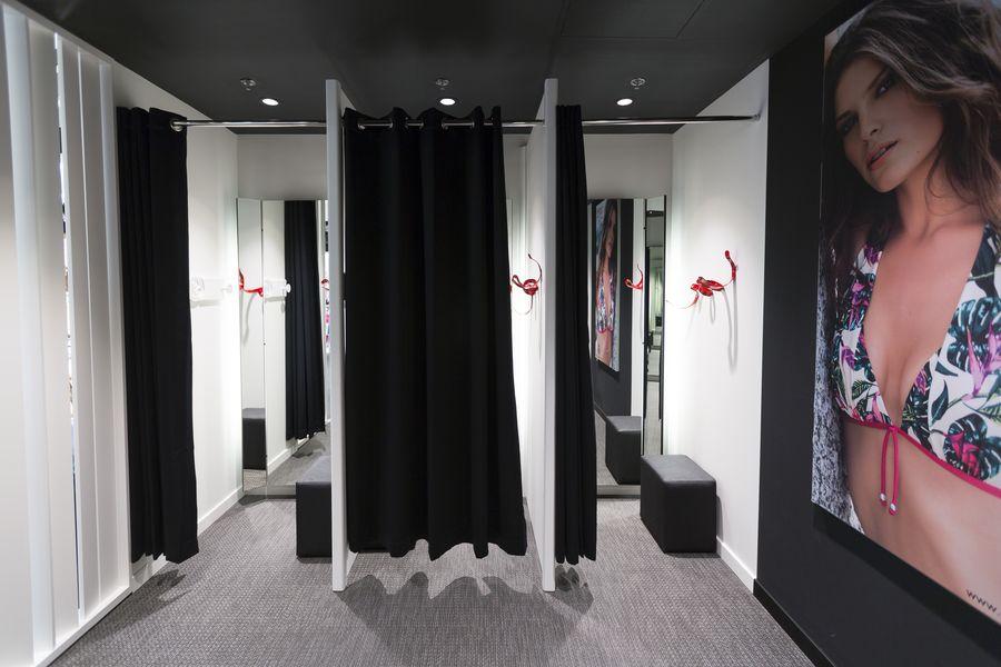 design intemporel 3fbbc fad4d Franchise Rougegorge lingerie dans Franchise Lingerie