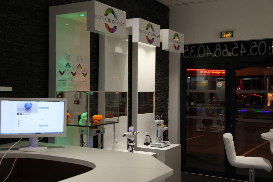Franchise matrix 3d concept dans franchise high tech for Salon de la franchise bordeaux
