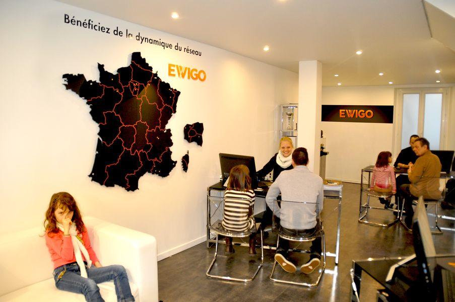 franchise ewigo dans franchise achatet vente vhicules. Black Bedroom Furniture Sets. Home Design Ideas