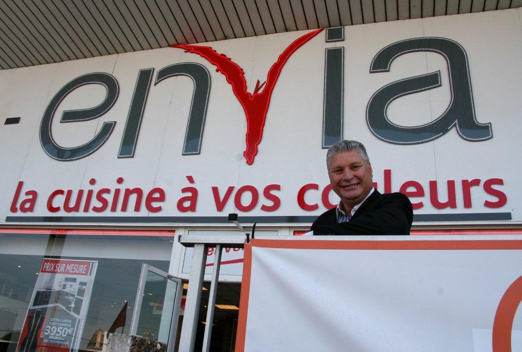 Avis Devenir Franchise Envia Cuisines Interview De Jean Pierre
