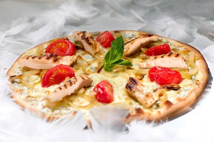 d couvrez les pizzas l g res de la bo te pizza pendant tout l 39 t. Black Bedroom Furniture Sets. Home Design Ideas