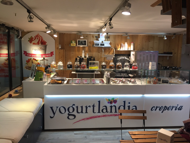 boutique frozen yogurt yogurtlandia de chamonix