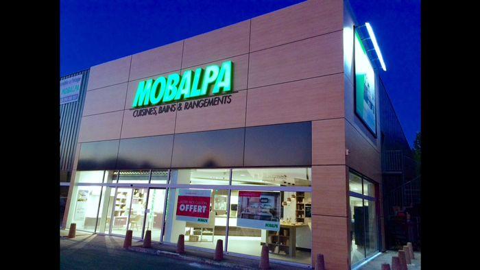 Nouvelle implantation dans le val de marne pour mobalpa - Carrefour pompadour magasins ...