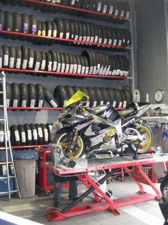 franchise moto expert dans franchise moto v lo. Black Bedroom Furniture Sets. Home Design Ideas