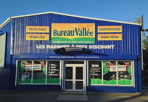 Bureau vallée ouvre un superstore dédié aux fournitures de bureau