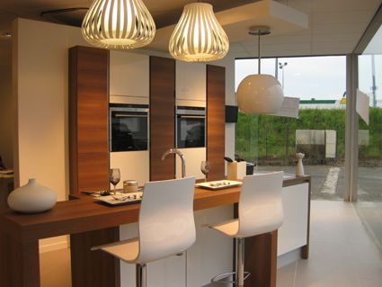 ouverture du magasin mobalpa de mont de marsan. Black Bedroom Furniture Sets. Home Design Ideas