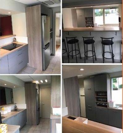 cuisines aviva quipe la cuisine de la caserne des pompiers d ecully dans le rh ne. Black Bedroom Furniture Sets. Home Design Ideas