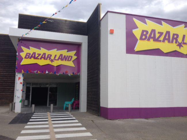 Ouverture dun nouveau magasin franchis bazarland avignon for Ouverture castorama avignon