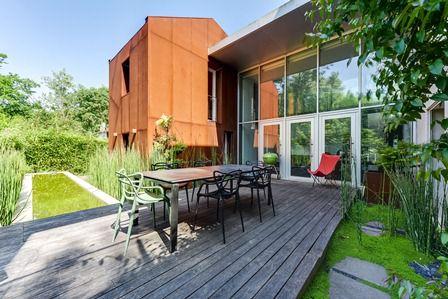 espaces atypiques les maisons d 39 architecte un must pour les acheteurs du r seau. Black Bedroom Furniture Sets. Home Design Ideas