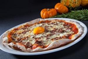 animation r seau une pizza halloween dans les restaurants franchis s ba la pizza. Black Bedroom Furniture Sets. Home Design Ideas