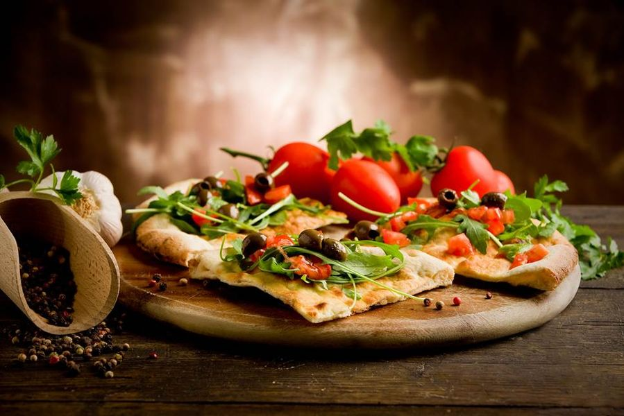 pizza tomate salade pizza hut