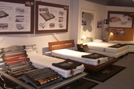 2 ouvertures en franchise cet t pour place de la literie. Black Bedroom Furniture Sets. Home Design Ideas