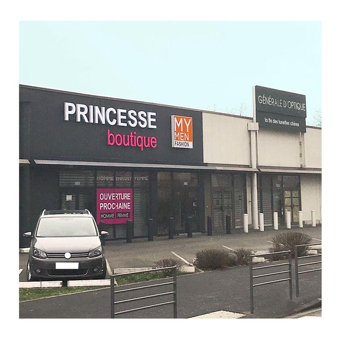 franchise prt porter princesse boutique s 39 installe. Black Bedroom Furniture Sets. Home Design Ideas