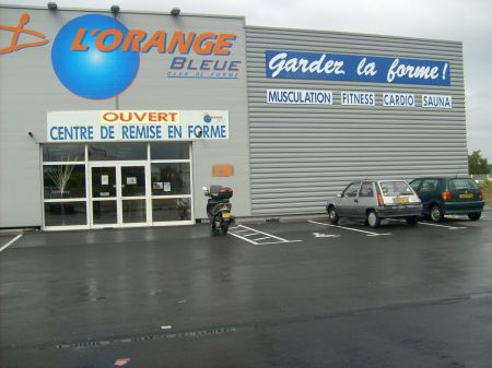 Franchise l 39 orange bleue dans franchise sport fitness for Amusement interieur