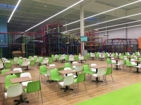 installation plaine jeu enfants royal kids