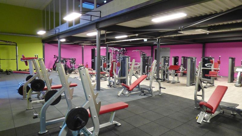 salle de musculation fitness club concpet