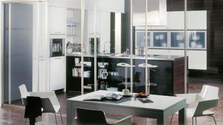 la cuisine est de plus en plus lobjet de fantaisies. Black Bedroom Furniture Sets. Home Design Ideas