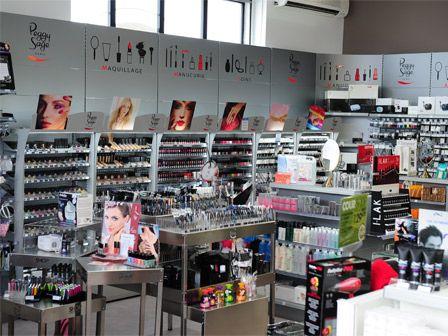 Franchise shop coiffure dans franchise coiffure produits - Nombre de salons de coiffure en france ...