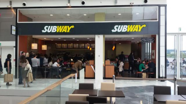 le centre commercial qwartz accueille un nouveau restaurant subway. Black Bedroom Furniture Sets. Home Design Ideas