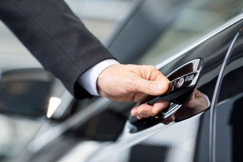 Devenir loueur de voitures : les franchises qui recrutent !