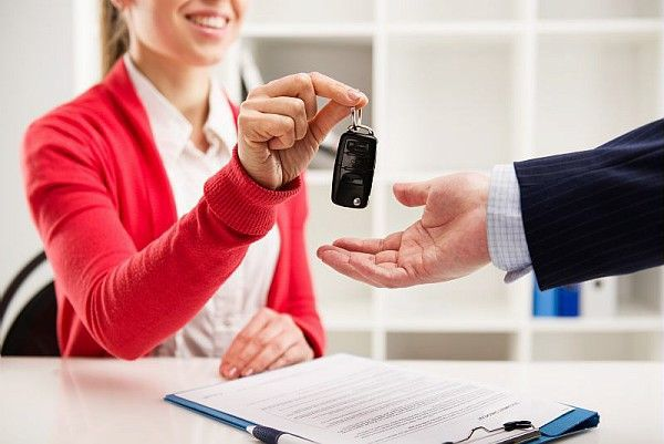 Ouvrir une agence de location de voiture en franchise: une bonne id